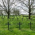 Deutscher Soldatenfriedhof Steenwerck-17.JPG