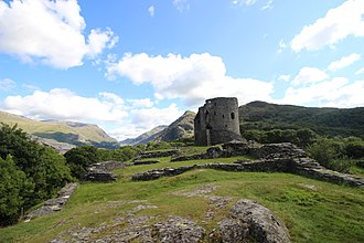 Dolbadarn Castle - The keep, seen across the hall and courtyard
