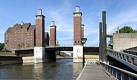 Schwanentor Bridge