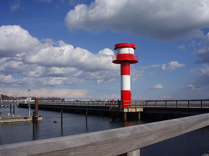 File:Eckernförde Leuchtturm2.jpg