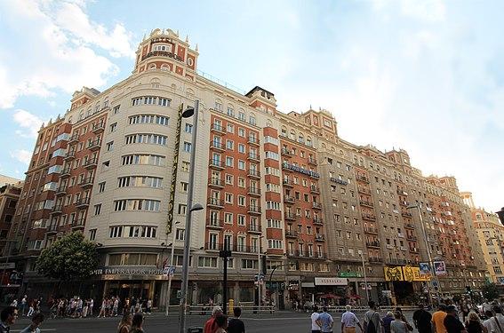 Edificio Los Sótanos (Madrid) 03.jpg