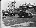 Een Nederlands oorlogsschip Hr. Ms. De Ruyter ligt afgemeerd in de haven van, Bestanddeelnr 935-3355.jpg
