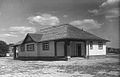 Eglinton Park Shelter 1930.jpg
