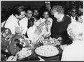 Eleanor Roosevelt in Bombay, India - NARA - 195386.tif
