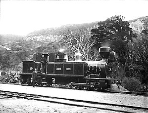 Rimutaka Incline - The largest engine on the Rimutaka, at the Summit