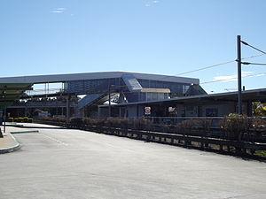 Enoggera railway station - North-west bound view in August 2012