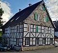 Fachwerkhaus Untenflachsberg Solingen.jpg