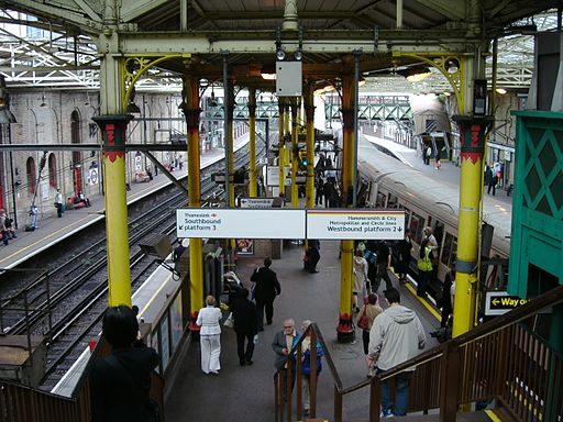 Farringdon Station Bahnsteig