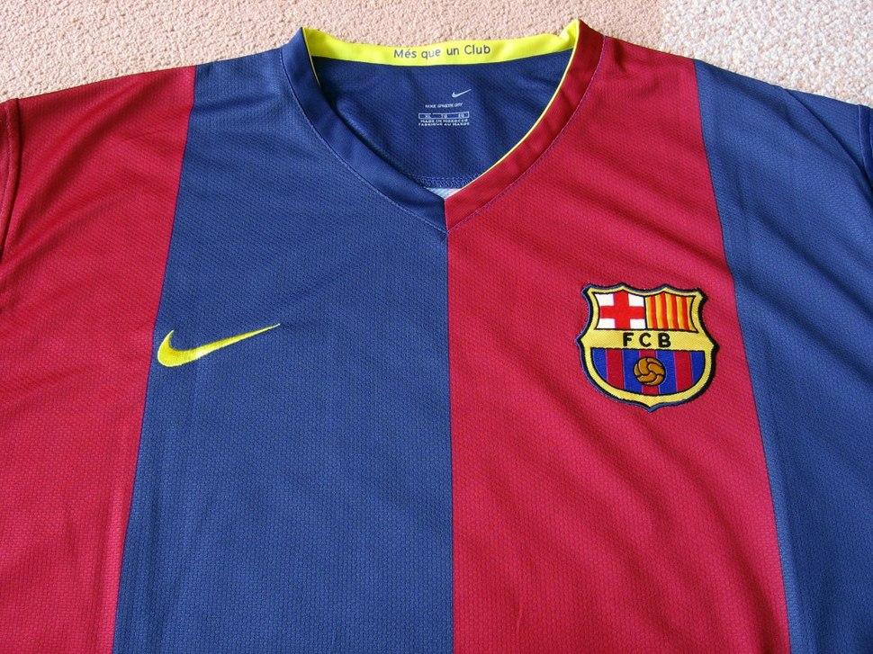 Futbol Club Barcelona - Howling Pixel 9aee10dd5b48a