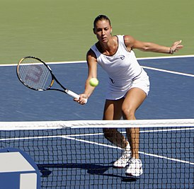 Flavia Pennetta at the 2009 US Open 01.jpg