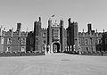 Flickr - Duncan~ - Hampton Court Palace (2).jpg