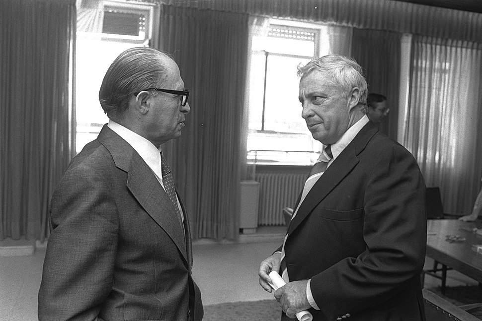 Flickr - Government Press Office (GPO) - Menahem Begin with Ariel Sharon