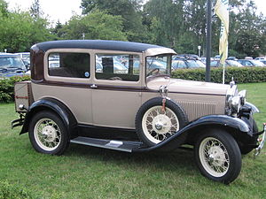 Full-size Ford - 1930 Model A (Tudor sedan)