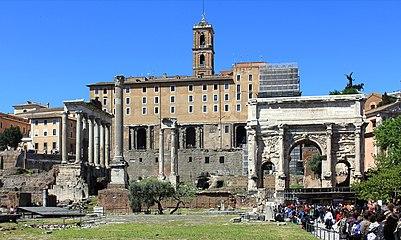 Forum Romanum Arch Septimus 2011 2.jpg
