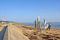 France-000802 - Omaha Beach & Monument (14880384159).jpg