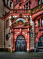 Frankfurt am Main - Eingang zum Ratskeller auf der Rückseite des Römers-1-2 (13604594305).jpg