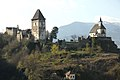 Friesach Petersberg Burg und Peterskirche 14042007 01.jpg