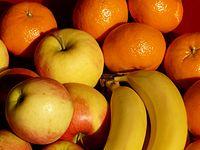 Fruit-49741 - bananas apples tangerines close-up - Hans Braxmeier.jpg