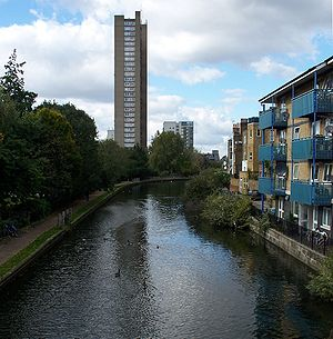 Grand Union Canal - The Grand Union Canal passing Trellick Tower at Westbourne Park, London