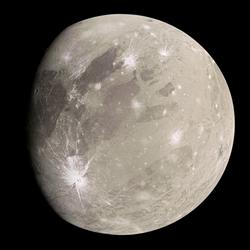 Ganimedes, a lua de Júpiter, capturada pela espaçonave Juno em junho de 2021