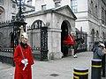 Gardes (Londres, Angleterre).jpg
