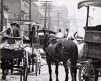 Traffic - Congestion in St. Louis, Missouri, early 20th century