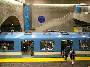 Georges-Vanier station - Image: Georges Vanier metro
