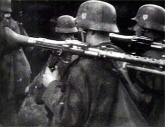 Battle of Mława - Soldiers of the German Wehrmacht shouldering MG34