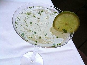 Gimlet (cocktail) - A vodka gimlet with mint