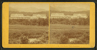 Glen House - Glen House in a stereoscopic photograph by the Kilburn Brothers