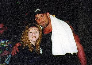Bill Goldberg - Goldberg posing with a fan in 1998