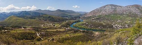 Gornji Orahovac, Bosnia y Herzegovina, 2014-04-14, DD 10-13 PAN.jpg