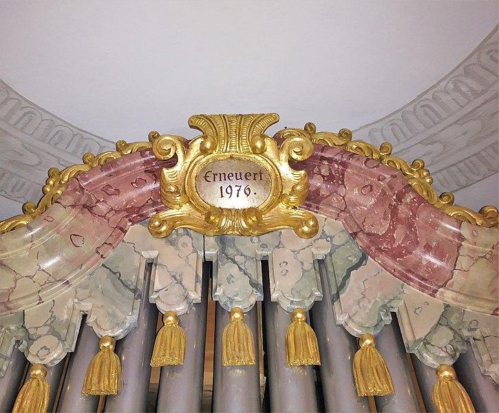 Datei:Grasbrunn, St. Ulrich (Schuster-Orgel) (17).jpg