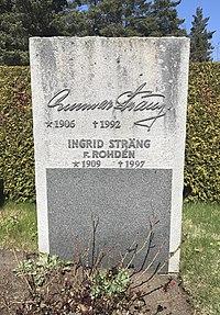 Grav Gunnar Sträng.jpeg