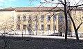Gregor József Általános Iskola és Hősök tere park, 2019 Rákosliget.jpg