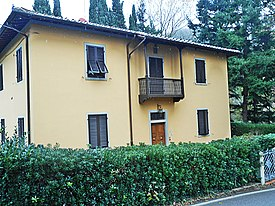 Grezzano - house of the village.jpg