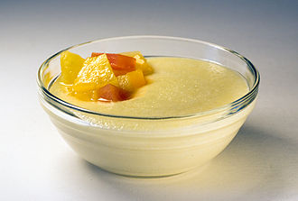 Semolina pudding - Semolina pudding with fruits