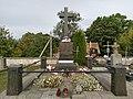 Grodno cmentarz farny grob Orzeszkowa 02.jpg