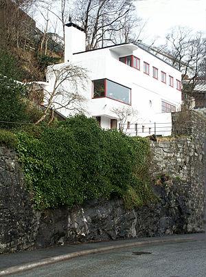 Leif Grung - Villa Lau-Eide, Functionalism. Ole Irgens vei 126, Bergen