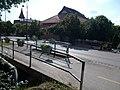 Híd és a Mézesvölgyi Általános Iskola, 2019 Veresegyház.jpg