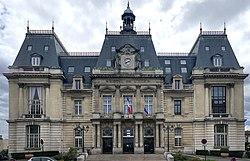 La mairie de Saint-Maur-des-Fossés.