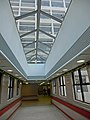 HK King's Park 伊利沙伯醫院 Queen Elizabeth Hospital interior covered footbridge Jan-2014.JPG