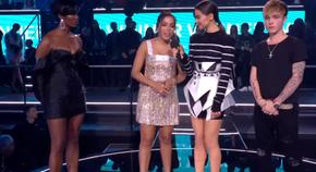 f211269c0 Anitta no MTV Europe Music Awards de 2018.