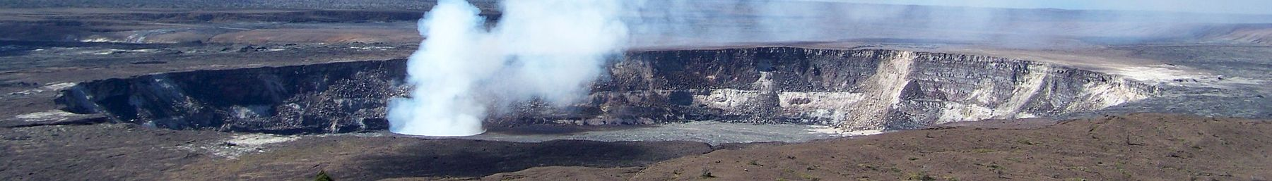 Halema'uma'u Crater at summit of Kilauea