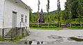 Hamre kirkegårds inngangsside sett fra Prestekaien.jpg