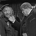 Hans Kaart als Peachum in de Drie stuivers opera (1960).jpg
