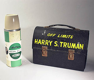Lunchbox - Lunch box and vacuum bottle owned by Harry S. Truman