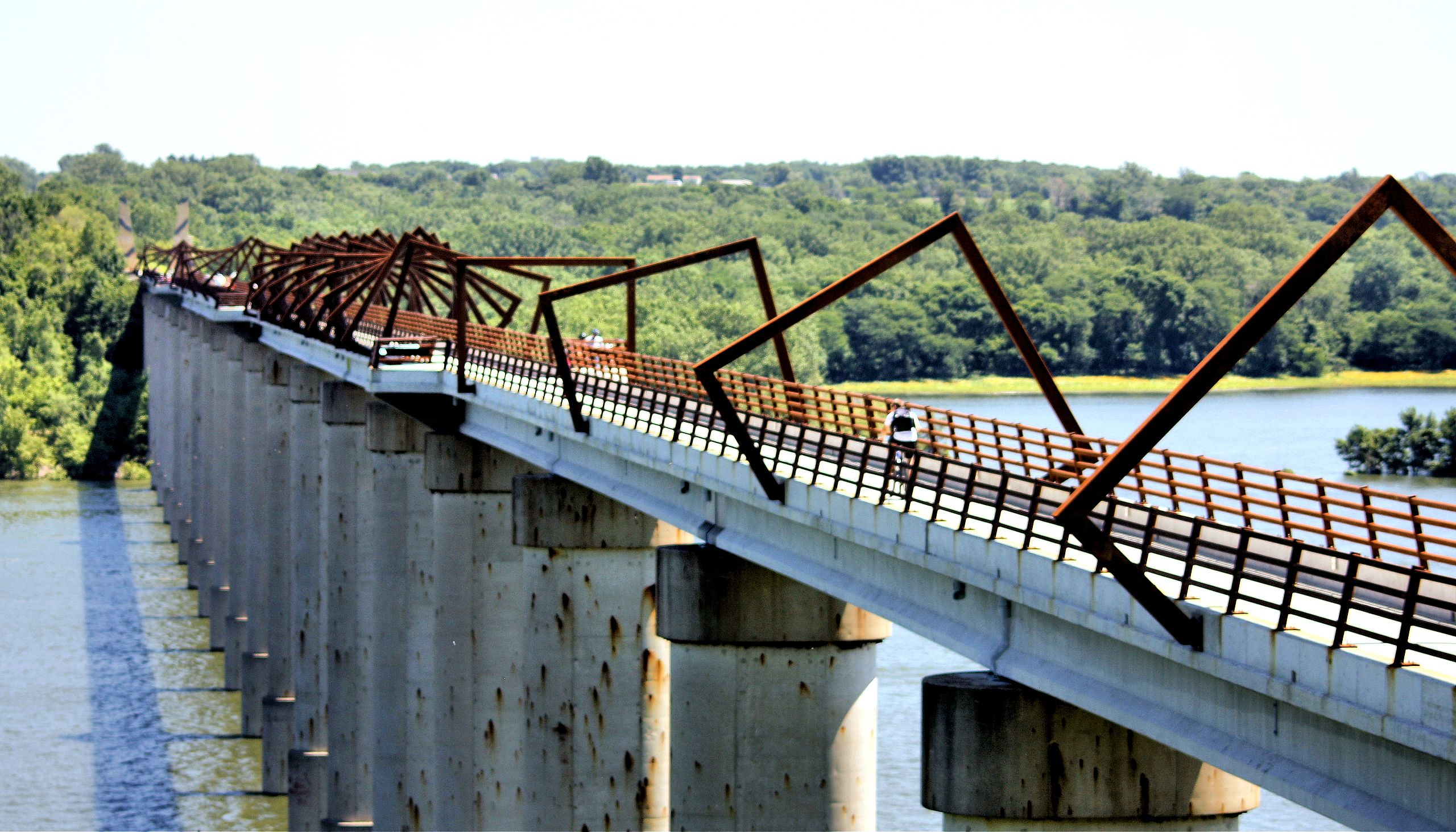 High Trestle Trail Bridge.jpg