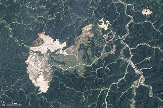 Mountaintop removal mining - Image: Hobet Mountaintop mine West Virginia 2009 06 02