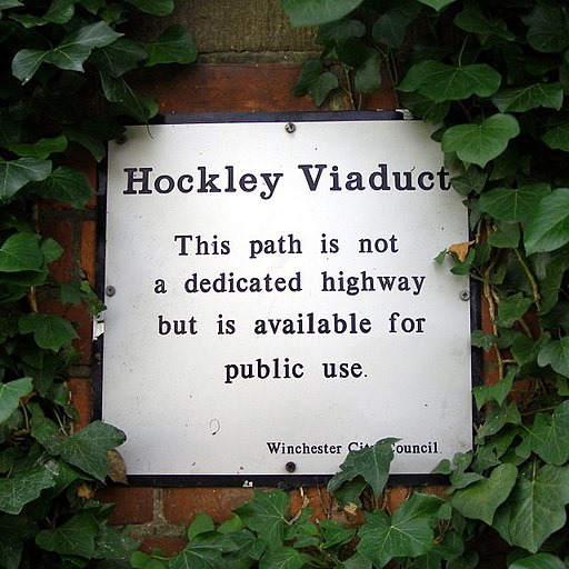 Hockley Viaduct notice - geograph.org.uk - 270598